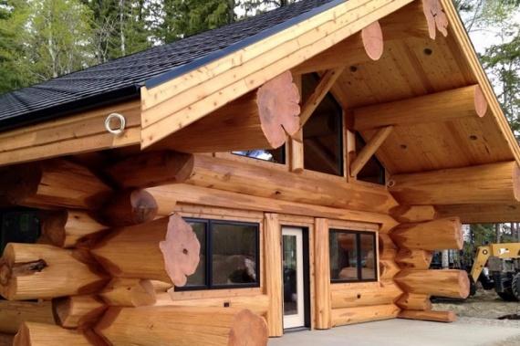 Дом ручной рубки Канадский бриллиант
